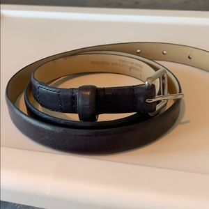 Gap navy leather belt